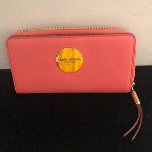 Henri Bendel Bi Fold wallet NWOT